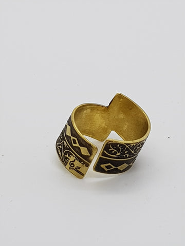 Jewellery  - Ring - Black and white