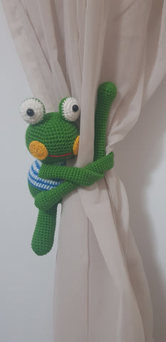 Curtain Creature - Frog