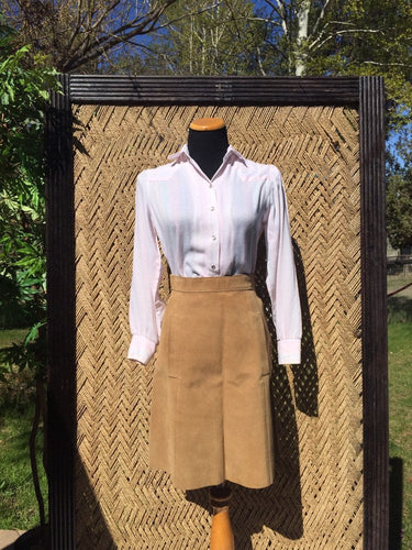 60s 70s Tan Suede Leather Skirt with Pockets - Womens Medium US 4 6 - CALIFORNIA SPORTSWEAR Co - Zipper Snap Fly - Hippie Boho Western