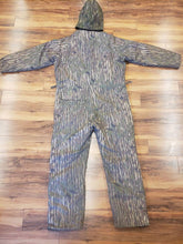Load image into Gallery viewer, VNTG Mens XL Tall Camo Snowsuit - 10x RealTree Goretex - Camouflage Coverall Suit - Camo Snowsuit - Insulated Camo Jumpsuit - One Piece