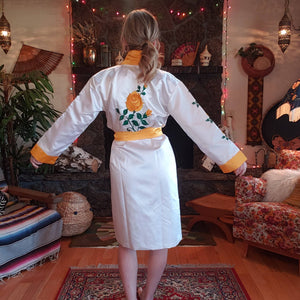 Vintage Embroidered Yellow Rose Kimono Robe - Poly Satin Boxing Robe - Womens XS Small Medium- Green and Yellow - Pockets - Chinese Robe