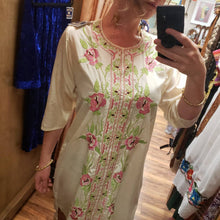 Load image into Gallery viewer, Pearlescent Kurta Tunic with Pastel Floral Embroidery - Womens Small Medium - Boho Tunic Dress - Hippie Tunic Dress - Salwar Kameez Kurti