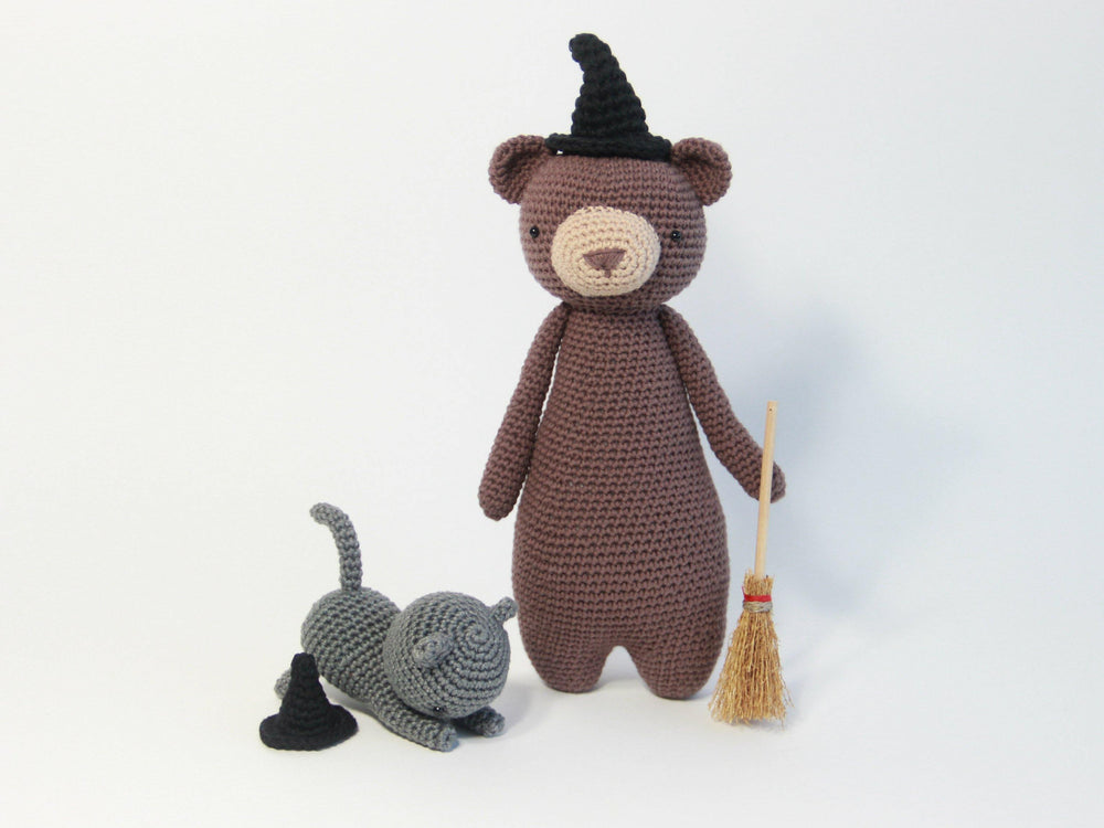 Free Witch Hat Crochet Amigurumi Pattern - Little Bear Crochets