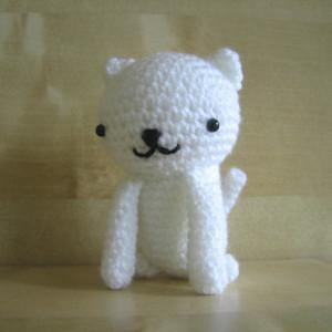 Free Sitting Cat Amigurumi Crochet Pattern