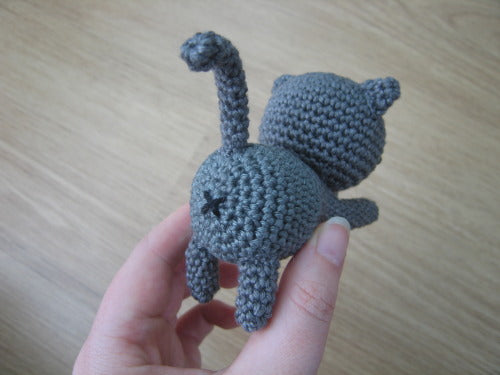 Free Playing Cats Crochet Amigurumi Pattern Tiny Butt