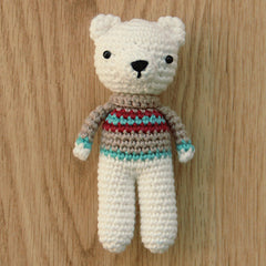 Free Polar Bear Crochet Amigurumi Pattern Ground Picture