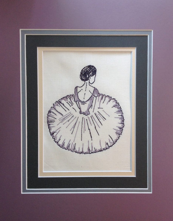 Ballerina Sitting - Embroidery Design