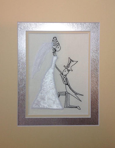 Bride and Groom Kissing - Applique Embroidery Design