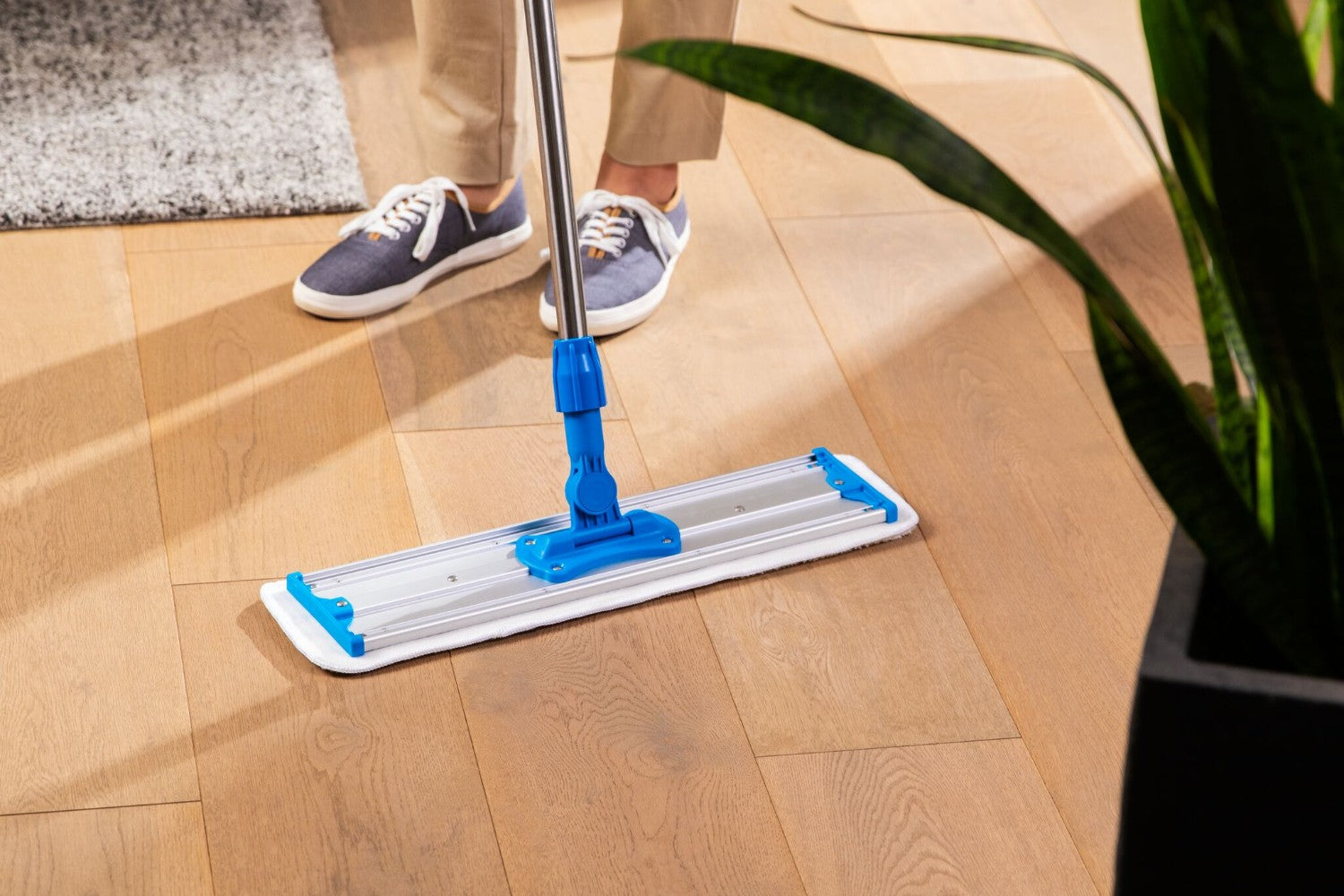 20 Inch Pad Featured. 24 inch microfiber scrubber mop pad for laminate floors