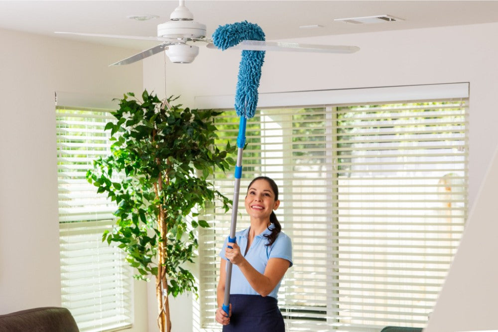 Flexible Chenille Microfiber High Duster attaches to handle