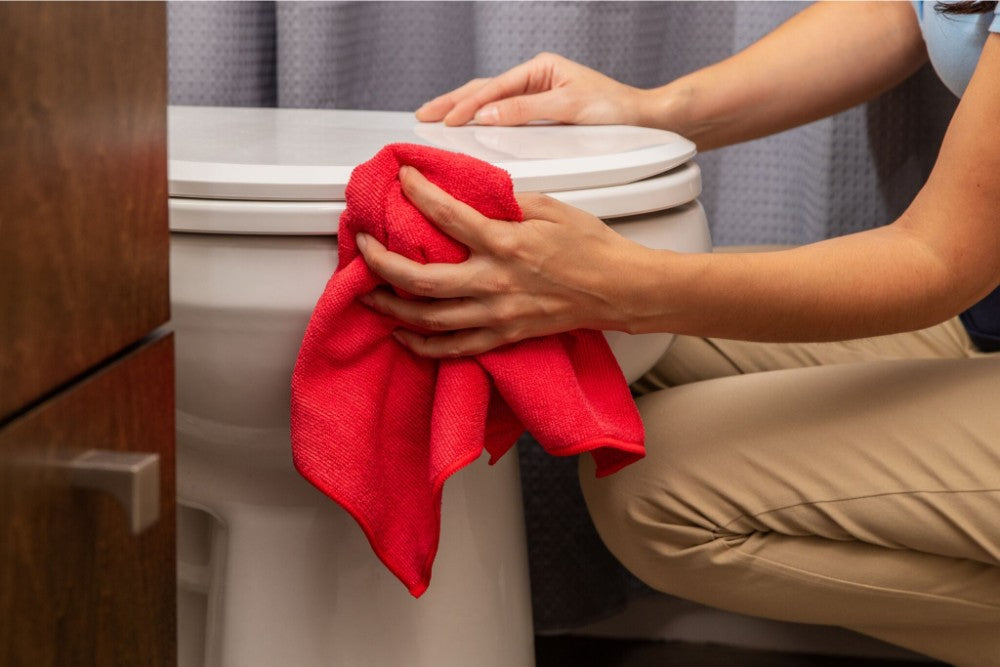 Red Economy all purpose microfiber towels are great for bathroom cleaning MTE1616-A