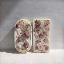Load image into Gallery viewer, Rose & Jasmine Botanical Soy Wax Tablet