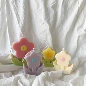 [S] Retro Flower Shaped Candle │ Kawaii Candle