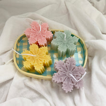Load image into Gallery viewer, Colorful Snowflake Shape Soy Wax Candles │ Kawaii Candle