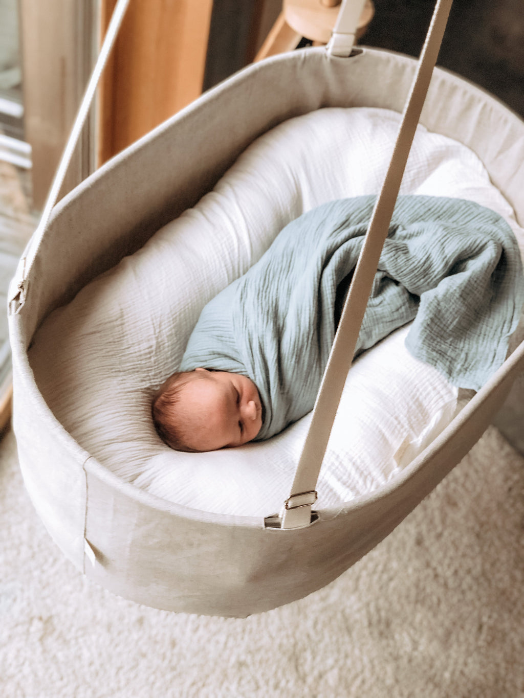 hanging cradle, perfect  baby bed, snuggle baby bed, cozy baby cradle, safe baby bassinet, natural baby bassinet, sensory baby cradle, sensory baby bassinet, rocking cradle, baby muslin swaddle, gauze muslin swaddle, large swaddle, large muslin swaddle, sensory lounger, sensory newborn lounger, sensory baby nest, snuggle nest