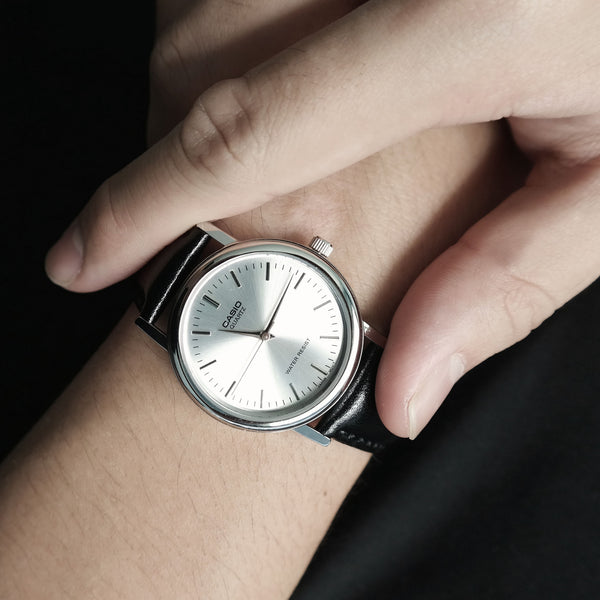 Casio Chaste in Silver - Large