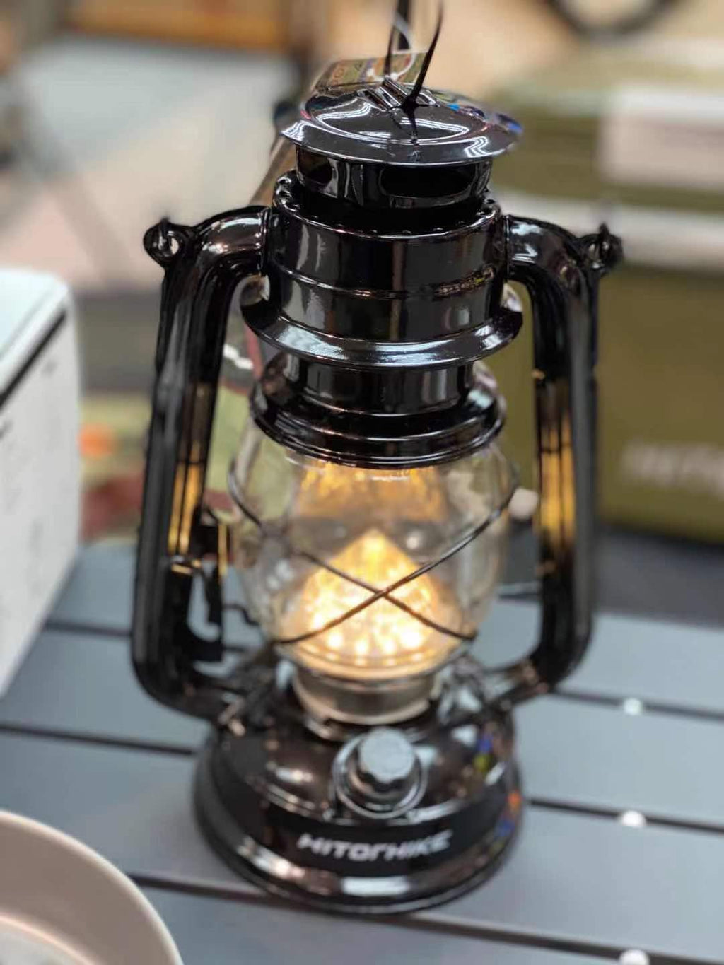 PORTABLE CAMPING LIGHT VINTAGE