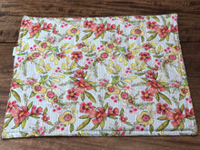Load image into Gallery viewer, Bright Floral Placemats - Reversible