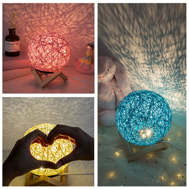 Globo Table Lamp