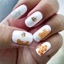 Load image into Gallery viewer, honey bee nail art with flying bee and honeycombs
