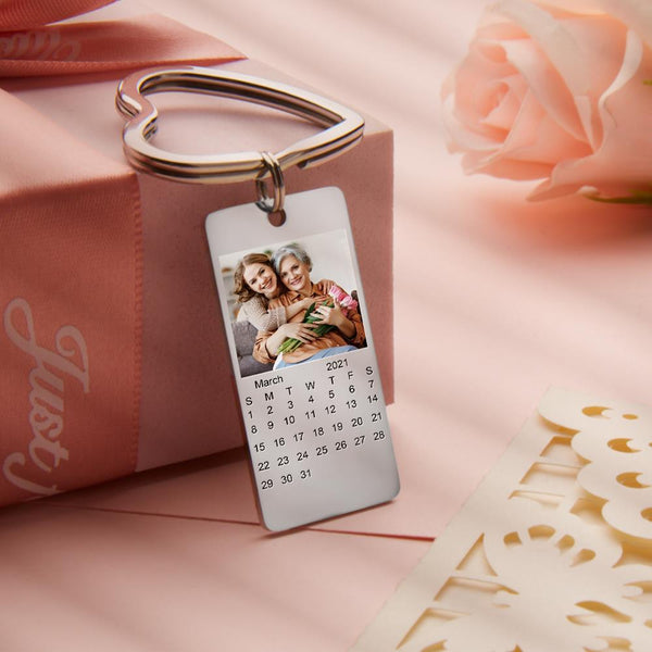 Custom Calendar Stainless Steel Engraving Photo Keychain
