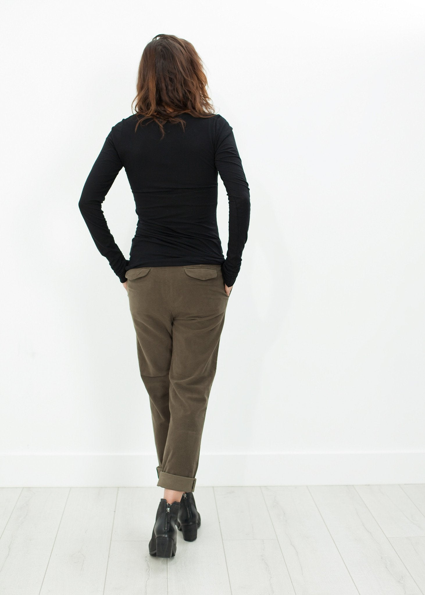 Sueded Cotton Pant in Khaki