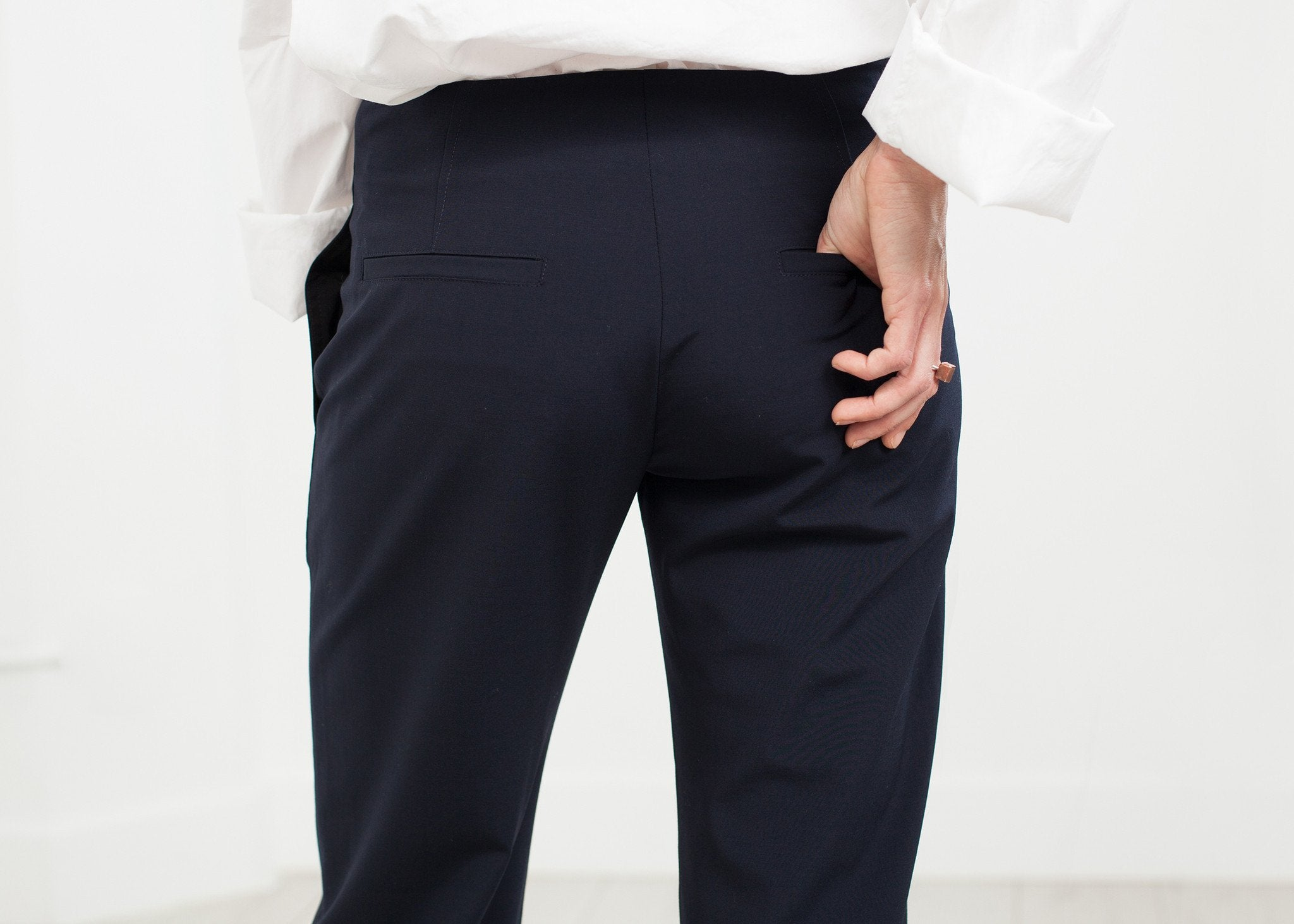 Patch Pocket Pant in Navy