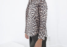 Load image into Gallery viewer, Madame L Blouse in Leopard