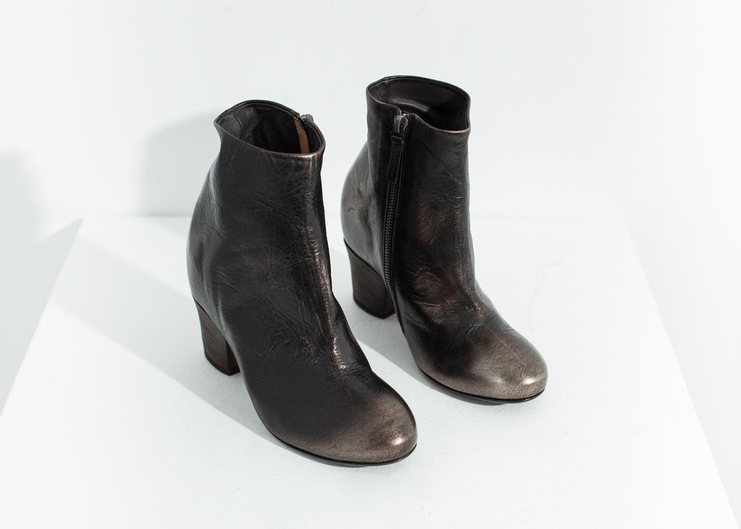 Scavata Ankle Boot in Bronze