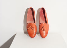 Load image into Gallery viewer, Leather Loafer in Rose