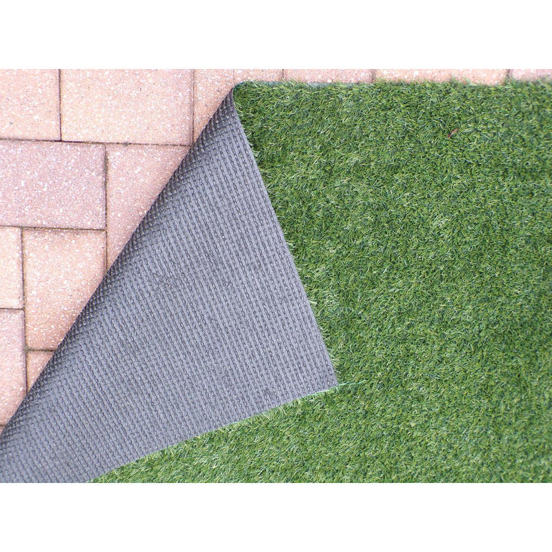 Indoor/Outdoor Green Turf Rug