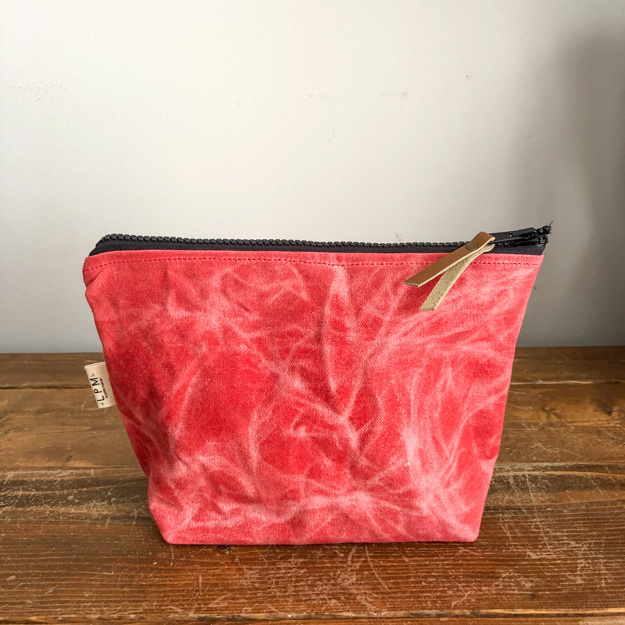 Essential Zipper Pouch - Waxed Canvas Coral