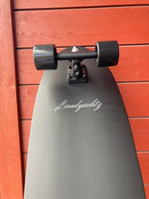Load image into Gallery viewer, Landyachtz Surfskate pocket knife