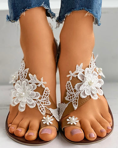 Floral Pattern Beaded Toe Ring Flat Sandals