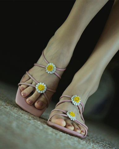 Daisy Patch Open-toe Sqaure-toe High Heel Sandals