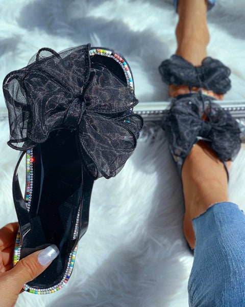 Studded Beaded Bowknot Design Flat Sandals
