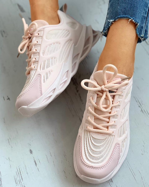 Breathable Lace-up Casual Sneakers