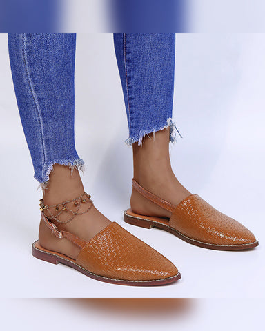 Pointed-toe Solid Color Weave Buckle Flat Slip-on