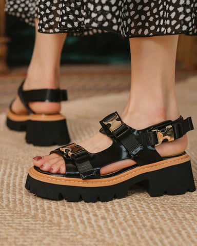 Round-toe Solid Color Buckles Platform Sandals