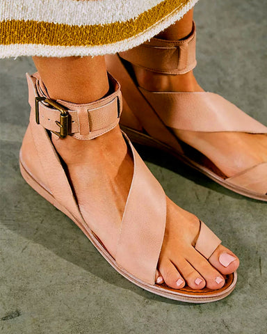 Rome Style Round-toe Solid Color Strap Flat Sandals