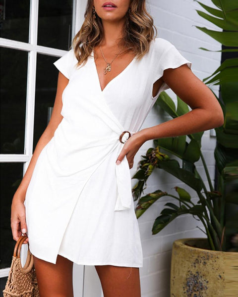 Sexy v-neck waist buckle with short-sleeved dress