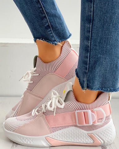 Daisy Embroidery Lace-up Breathable Sneakers