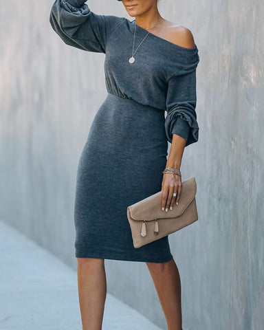Solid Bloomer Sleeve Back Cut-out Skinny Waist Dress