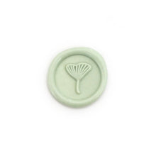 Load image into Gallery viewer, Ginkgo Leaf Mini Wax Seal
