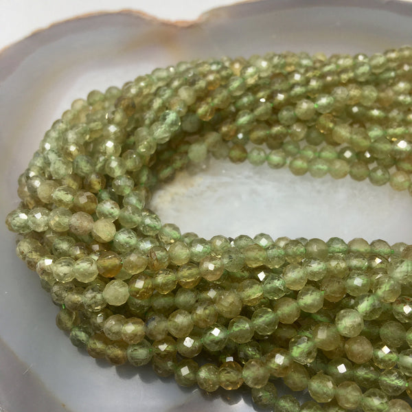 natural green garnet faceted round beads