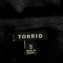 Load image into Gallery viewer, TORRID Cardigan Sweater Size 5