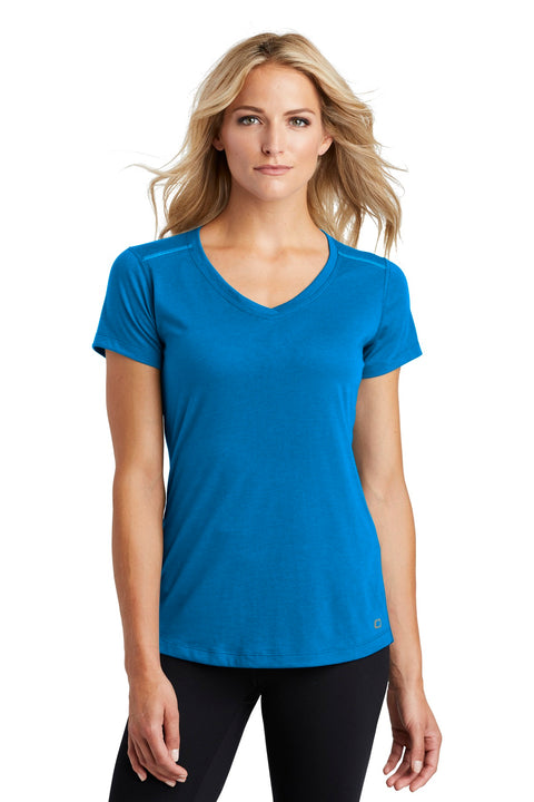 OGIO  ENDURANCE Ladies Peak V-Neck Tee. LOE337