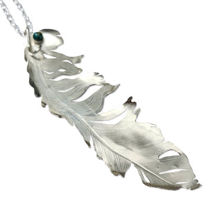 Meeno sterling feather pendant