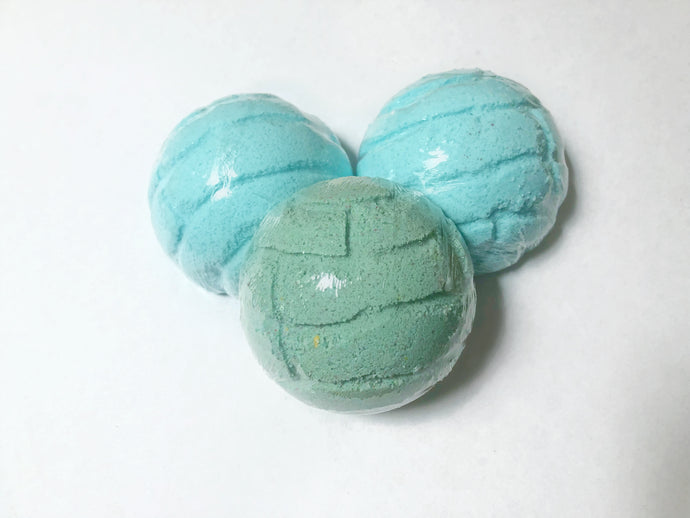Concha Bath Bomb in PepiMelon