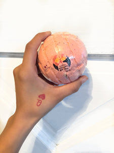Concha Bath Bomb in La Rosa